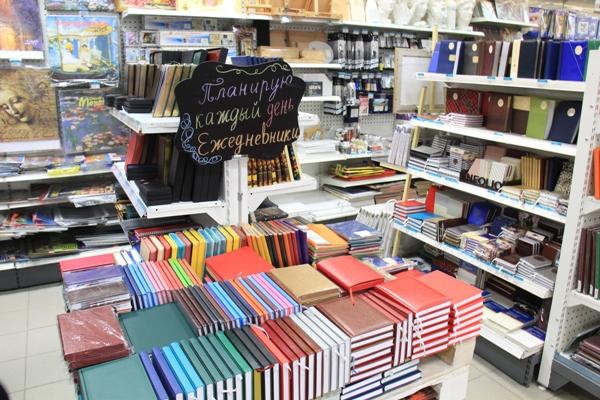 В Московском Доме Книги на Новом Арбате огромный выбор ежедневников, еженедельников и блокнотов